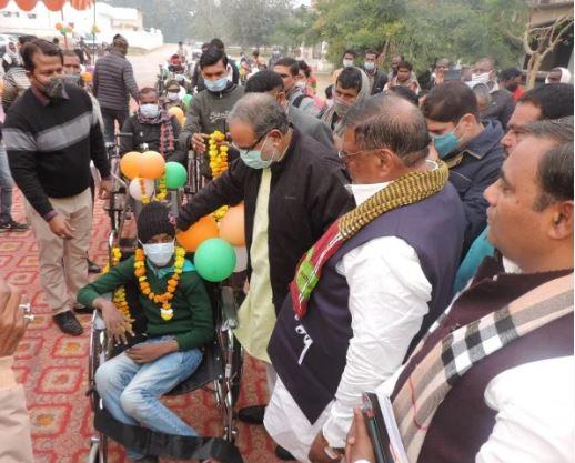up panchayati raj minister bhupendra singh chaudhary declared month of panchayat chunav