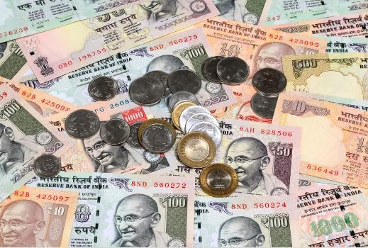 old-rs-of-100-ten-and-5-notes-going-out-of-circulation-after-march