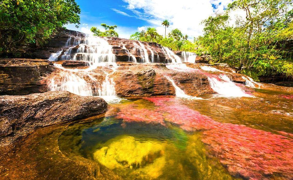 पांच रंगों वाली नदी