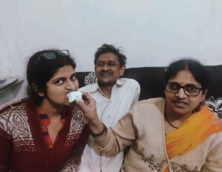priyanka goyal's top 5 rank in pcs uttarpradesh amanpur kasganj