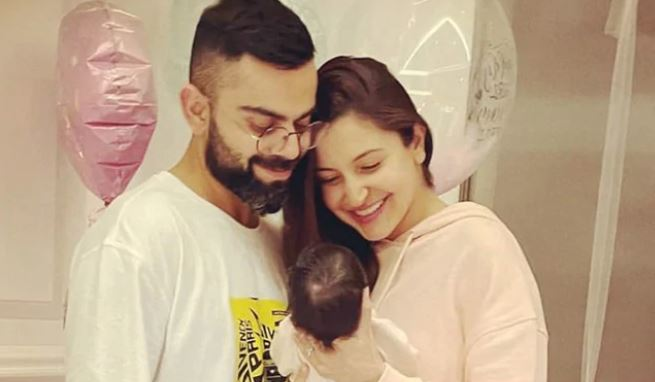 anushka-sharma-shares-her-first-picture-of-her-daughter-with-fans