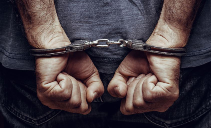 /lucknow-city-up-ats-arrested-indian-fake-currency-smuggler-pakistan-made-notes-supply-to-india-through-bangladesh