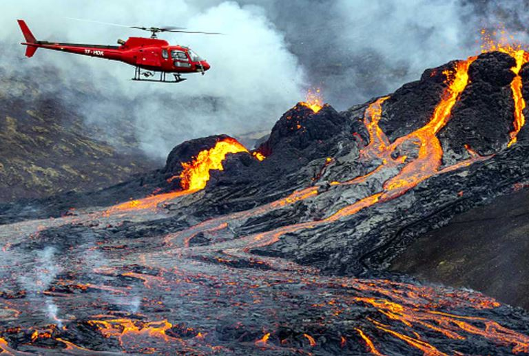 other-people-evacuate-after-la-soufriere-volcano-eruption-in-st-vincent-and-the-grenadines-volcano 69065