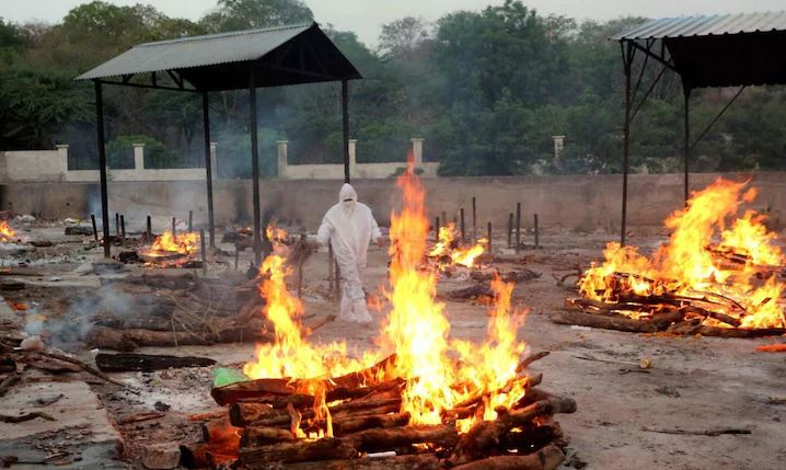 coronavirus-updates-increased-deaths-from-corona-waiting-at-cremation-grounds