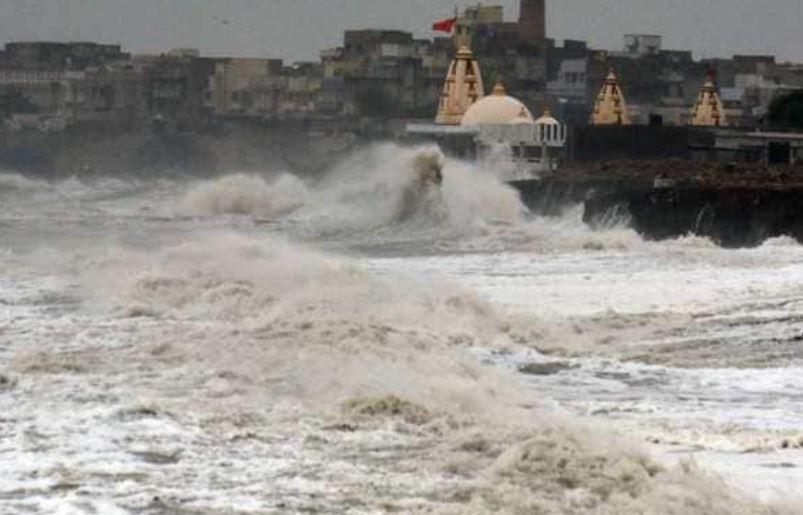 cyclone-tauktae-live-updates-in-hindi-16-may-2021-heavy-rain-continue 71260