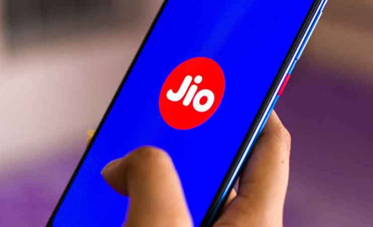 jio-offer-300-minutes-of-free-calling-during-covid-19-lockdown-details-here