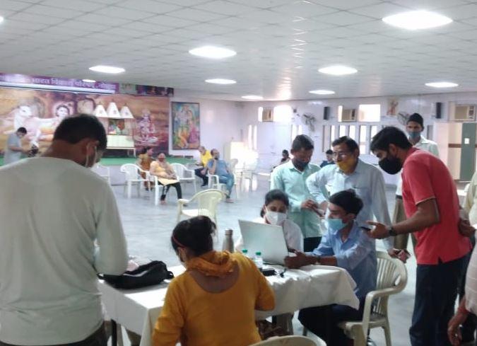 Noida: RSS-run vaccination center Vineet Kaushal inaugurated 72435
